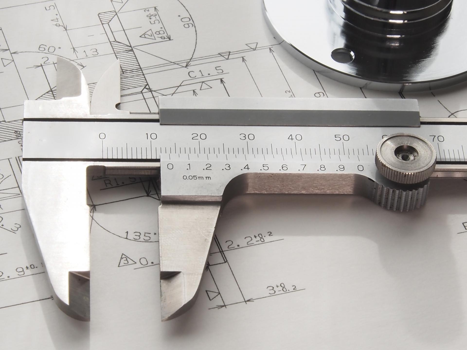 樹脂加工の寸法について